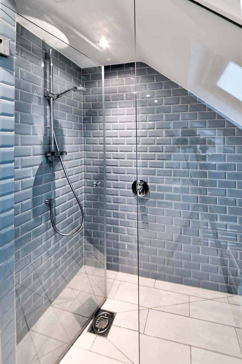 loft conversions earlsfield - stylish shower
